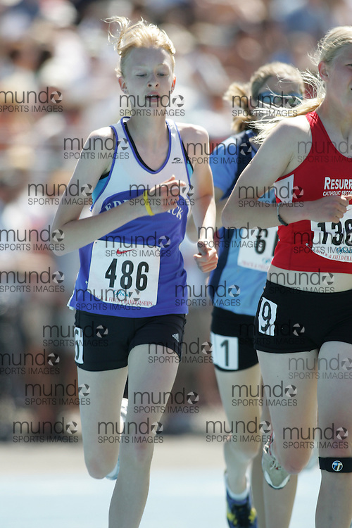 Heather Stuive in the junior girls 3000m at the 2007 OFSAA Ontario High School Track and Field Championships in Ottawa.