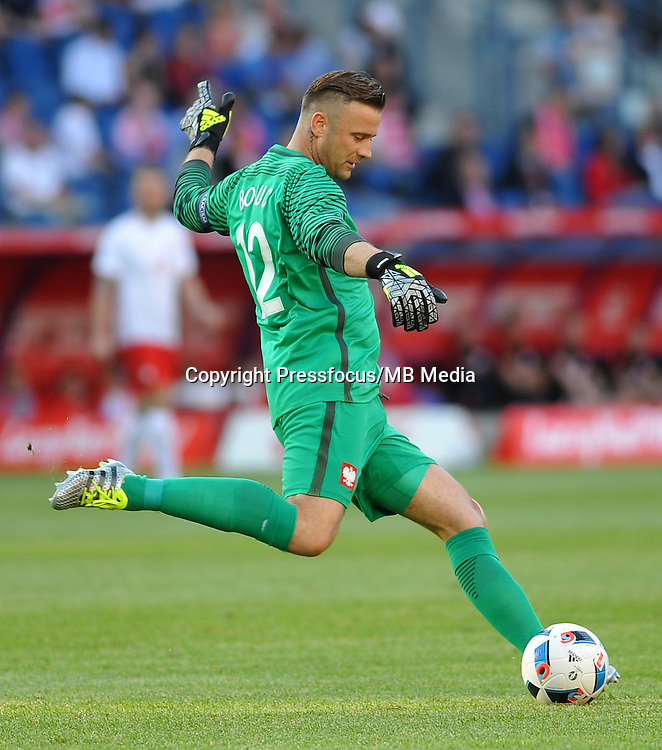2016.06.06 Krakow <br /> Pilka Nozna Reprezentacja Mecz towarzyski<br /> Polska - Litwa<br /> N/z Artur Boruc<br /> Foto Rafal Rusek / PressFocus<br /> <br /> 2016.06.06 Krakow Poland<br /> Football Friendly Game<br /> Poland - Lithuania<br /> Artur Boruc<br /> Credit: Rafal Rusek / PressFocus