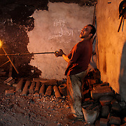 Blacksmiths at work in Cairo, Egypt.23/09/2005.Credit © Mark Chilvers / Insight-Visual