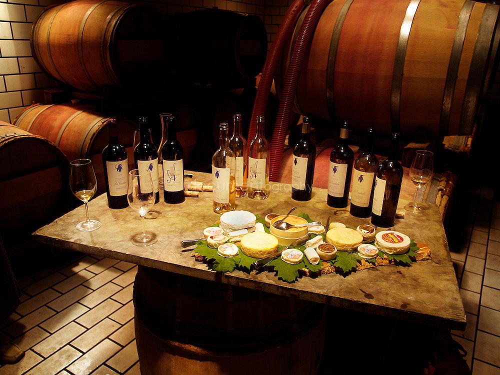 Degustation de vins et fromages au Domaine de la Courtade