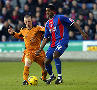 Photo: Chris Ratcliffe.<br />Crystal Palace v Wolverhampton Wanderers. Coca Cola Championship. 10/12/2005.<br />Mikele Leigertwood (R) of Palace and Kenny Miller battle for the ball