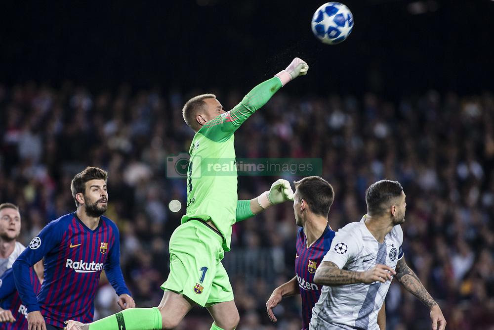صور مباراة : برشلونة - إنتر ميلان 2-0 ( 24-10-2018 )  20181024-zaa-n230-387