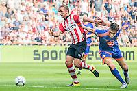 EINDHOVEN - PSV - Feyenoord , Voetbal , Seizoen 2015/2016 , Eredivisie , Philips Stadion , 30-08-2015 , PSV speler Luuk de Jong (l) in duel met Speler van Feyenoord Eric Botteghin (r)