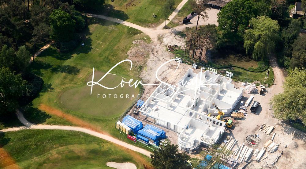 HILVERSUM -  Luchtfoto Hilversumse Golf Club.  Aanbouw nieuwe clubhuis.    COPYRIGHT  KOEN SUYK