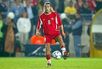 Fotball<br /> EM-kvalifisering<br /> Tyrkia v England<br /> 3. november 2004<br /> Foto: Digitalsport<br /> NORWAY ONLY<br /> TUGAY KERIMOGLU (TUR)