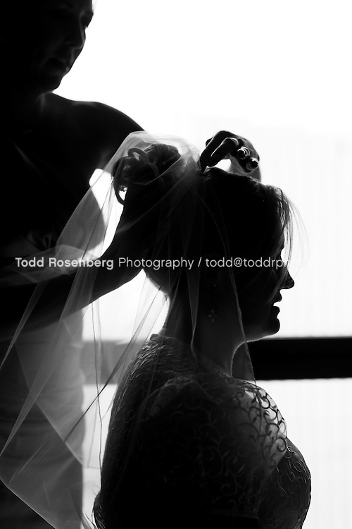 7/14/12 4:23:36 PM -- Julie O'Connell and Patrick Murray's Wedding in Chicago, IL.. © Todd Rosenberg Photography 2012