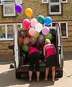 Love Islands Olivia surprises boyfriend Alex with Van full of Balloons