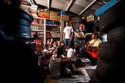 Sabara_MG, Brasil...Sessao de historias na Borrachalioteca para criancas de 7 a 9 anos...The story telling in the library repair shop  for children from 7 to 9 years...Foto: LEO DRUMOND / NITRO