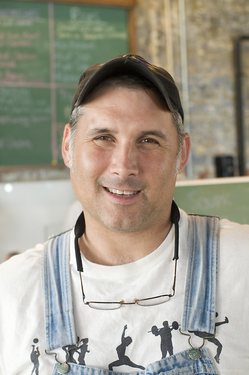 Eric David Gould, owner and master smoker at Smoketown U. S. A., Wednesday, Aug. 5, 2009 at the corner of Oak and Logan Streets in Louisville, Ky. (Photo by Brian Bohannon)