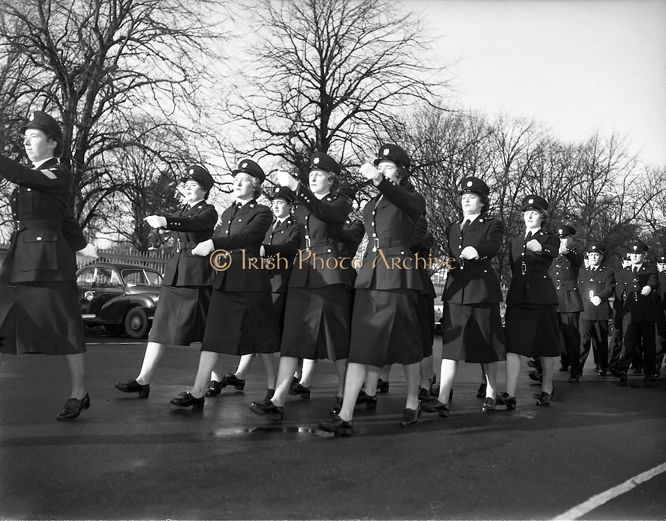 Passing Out Parade of new Gardai at Phoenix Park - 12 New Ban Gardai. 04/12/1959