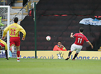 Photo: Lee Earle.<br /> Watford v Manchester United. The Barclays Premiership. 26/08/2006. United's Ryan Giggs (R) scores their second.