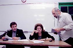 Reunião da tendência Socialista um grupo de militantes do PDT de esquerda realizada no dia 10/102000, na sede do Sindicato dos Petroleiros de Porto Alegre. Foi neste dia que o grupo decidiu deixar o partido. FOTO: Sérgio Néglia/Preview.com