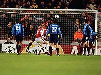Fotball: Igors Stepanovs, Arsenal. Has his header saved by Butt. Arsenal v Bayer Leverkusen. Champions League. 27.02.2002.<br /><br /> Foto : Andrew Cowie/Digitalsport