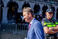DEN HAAG - Halbe Zijlstra (VVD) bij aankomst op het Binnenhof voor onderhandelingen voor de kabinetsformatie met VVD, CDA, D66 en ChristenUnie onder leiding van informateur Gerrit Zalm.  copyrigth robin utrecht