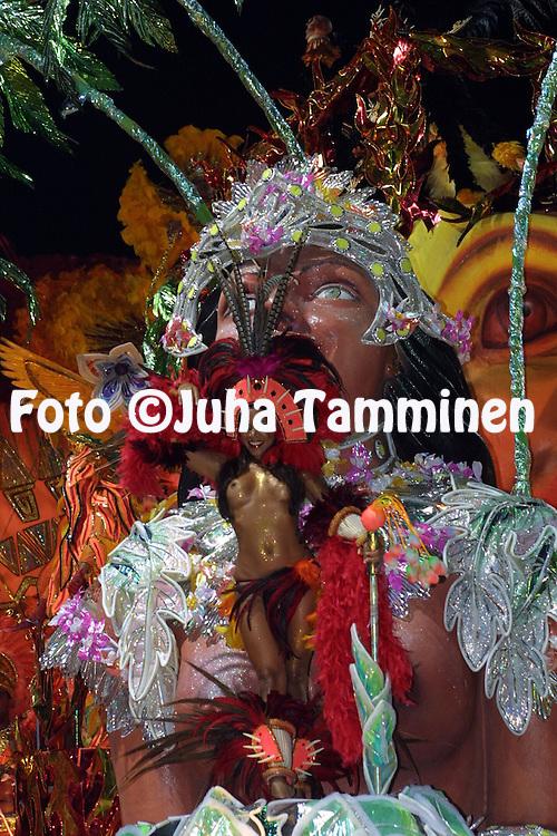 11.02.2002, Rio de Janeiro, Brazil..Carnaval 2002 - Desfile das Escolas de Samba, Grupo Especial / Carnival 2002 - Parades of the Samba Schools..Desfile de / Parade of:  GRES Acadmicos do Grande Rio .©Juha Tamminen