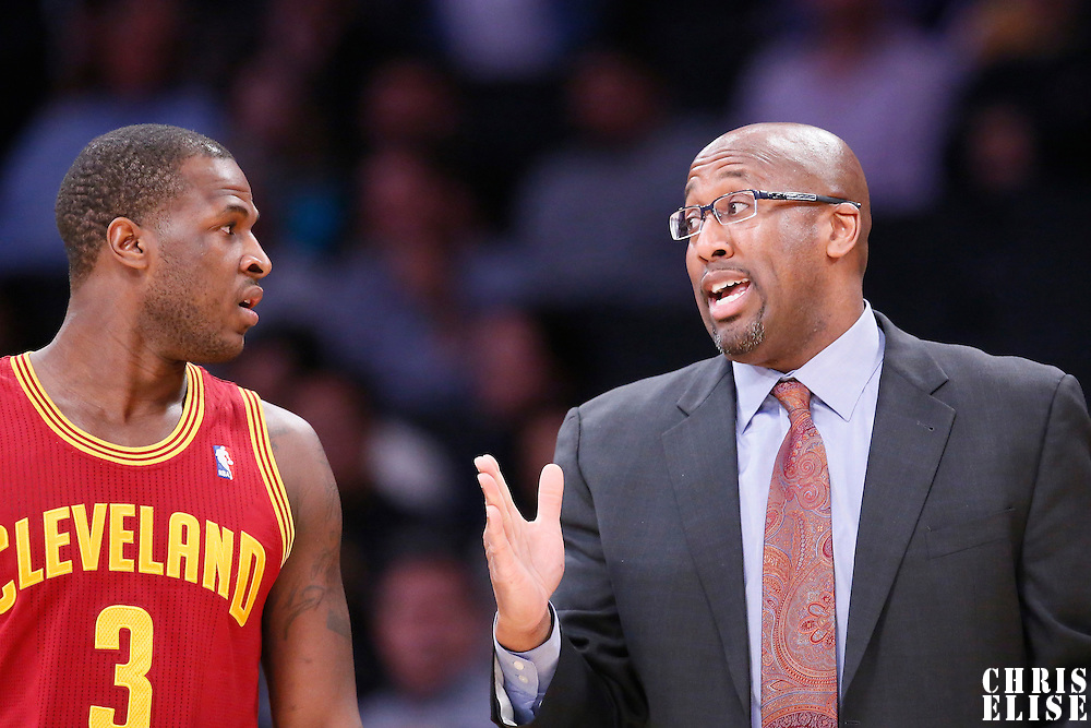 14 January 2014: Cleveland Cavaliers head coach Mike Brown talks to Cleveland Cavaliers shooting guard Dion Waiters (3) during the Cleveland Cavaliers 120-118 victory over the Los Angeles Lakers at the Staples Center, Los Angeles, California, USA.