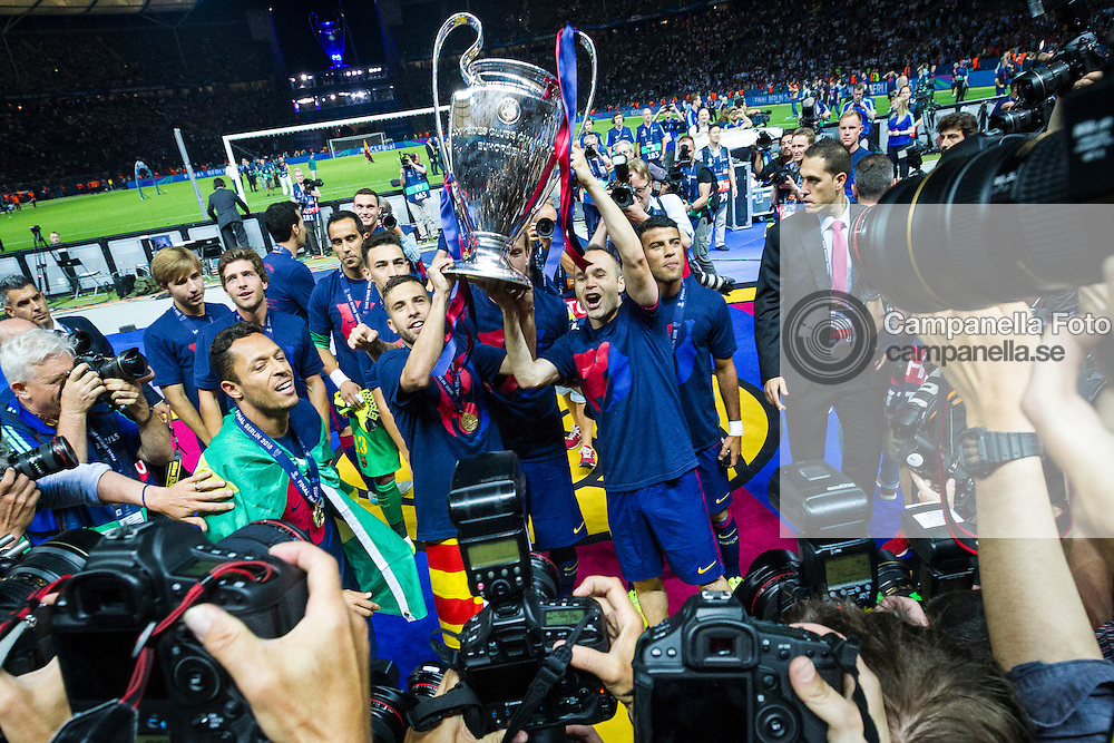 BERLIN, GERMANY - June 6th 2015:<br /> <br /> FC Barcelona celebrates after the UEFA Champions League Final between Juventus FC and FC Barcelona at Olympiastadion in Berlin, Germany on June 6th 2015. (Photo: Michael Campanella)