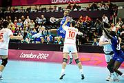 DESCRIZIONE : Handball Jeux Olympiques Londres Quart de Finale<br /> GIOCATORE : Signatte Mariama FRA<br /> SQUADRA : France Femme<br /> EVENTO : FRANCE Handball Jeux Olympiques<br /> GARA : France Montenegro<br /> DATA : 08 08 2012<br /> CATEGORIA : handball Jeux Olympiques<br /> SPORT : HANDBALL<br /> AUTORE : JF Molliere <br /> Galleria : France JEUX OLYMPIQUES 2012 Action<br /> Fotonotizia : France Handball Femme Jeux Olympiques Londres Quart de Finale Copper Box<br /> Predefinita :