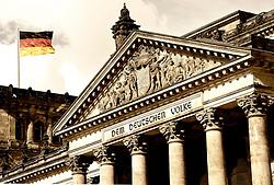 03.09.2013, Berlin, GER, deutscher Bundestag, Reichtagsgebaeude, im Bild Deutsche Flagge weht auf dem Reichstagsgebaeude // German flag flies at the Reichstag building in Berlin, Germany on 2013/09/03. EXPA Pictures © 2013, PhotoCredit: EXPA/ Eibner/ Michael Weber<br /> <br /> ***** ATTENTION - OUT OF GER *****