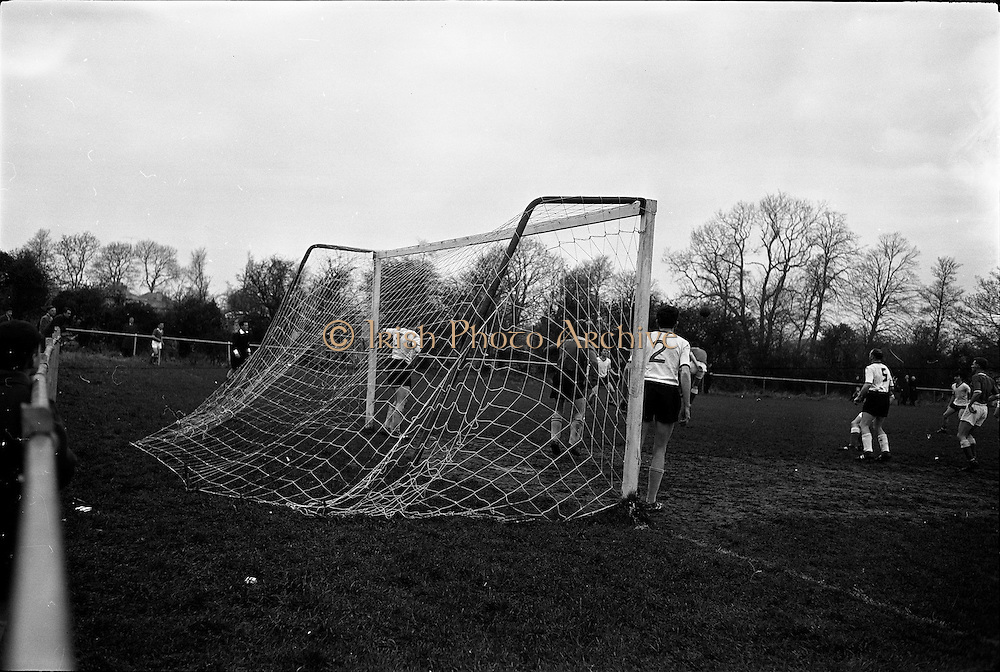 16/12/1962<br /> 12/16/1962<br /> 16 December 1962<br /> New goal nets at Belgrove Park, Mount Prospect Avenue, Dublin. Nets made by I.C.I., image shows the nets in action.