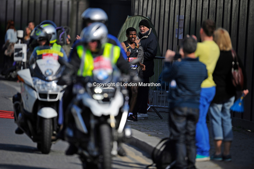 Haile Gebrselassie drops out after just 15km instead of the planned 30<br /> The Virgin Money London Marathon 2014<br /> 13 April 2014<br /> Photo: Javier Garcia/Virgin Money London Marathon<br /> media@london-marathon.co.uk