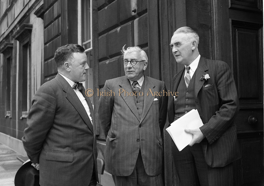 Michael Joseph Hayes (1 December 1889 – 11 July 1976) was an Irish Fine Gael politician who served as Ceann Comhairle of Dáil Éireann from 1922 to 1932, Minister for Foreign Affairs from August 1922 to September 1922 and Minister for Education January 1922 to August 1922. He served as a Teachta Dála (TD) for the National University of Ireland constituency from 1921 to 1933. He was a Senator from 1938 to 1965.<br />