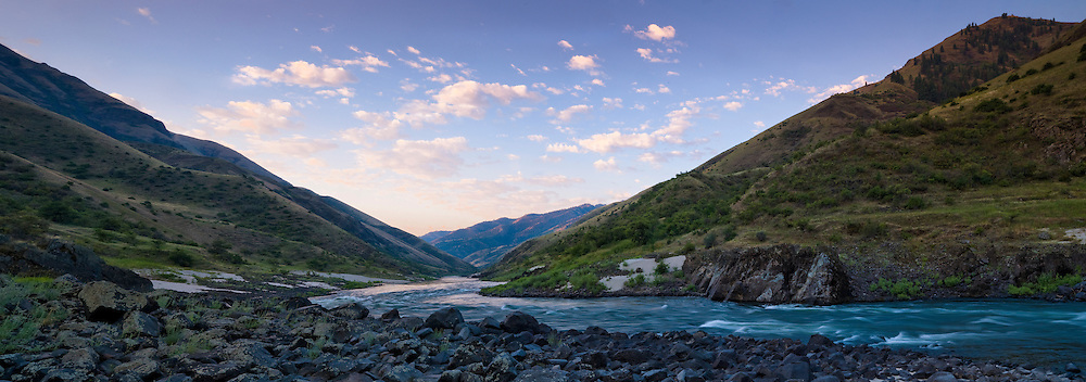 The hillsides along the lower Salmon River open up exposing a high desert ecosystem.