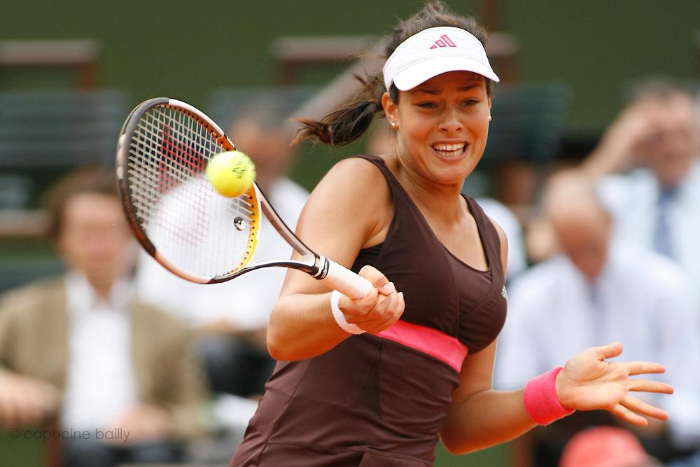 Roland Garros. Paris, France. June 7th 2007..1/2 Finals..Ana IVANOVIC against Maria SHARAPOVA ..