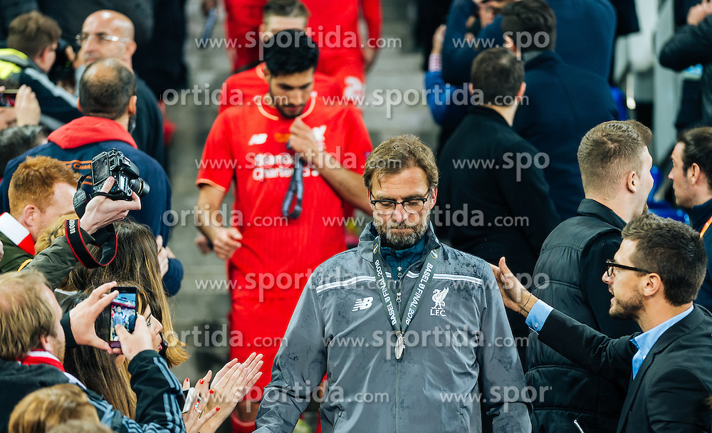 18.05.2016, St. Jakob Park, Basel, SUI, UEFA EL, FC Liverpool vs Sevilla FC, Finale, im Bild enttäuscht Trainer Juergen Klopp (FC Liverpool) // dejected Trainer Juergen Klopp (FC Liverpool) during the Final Match of the UEFA Europaleague between FC Liverpool and Sevilla FC at the St. Jakob Park in Basel, Switzerland on 2016/05/18. EXPA Pictures © 2016, PhotoCredit: EXPA/ JFK