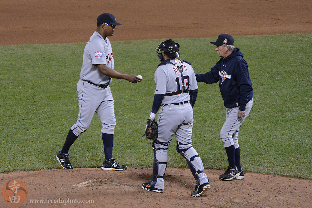 Oct 24, 2012; San Francisco, CA, USA; Detroit Tigers relief pitcher Jose Valverde (46, left) hands the ball to manager Jim Leyland (10, right) in a pitching change as catcher Alex Avila (13) looks on during the seventh inning of game one of the 2012 World Series against the San Francisco Giants at AT&T Park. The Giants defeated the Tigers 8-3.