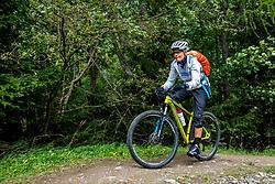 13-09-2017 SUI: BvdGF Tour du Mont Blanc day 5, Champex<br /> Deze etappe wordt volledig in Zwitserland verreden en bevat enkele mooie trails. We eindigen bergop waar er in Champex werd overnacht. Nicole