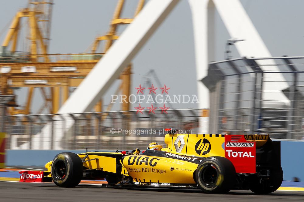 Motorsports / Formula 1: World Championship 2010, GP of Europe, 11 Robert Kubica (POL, Renault F1 Team),