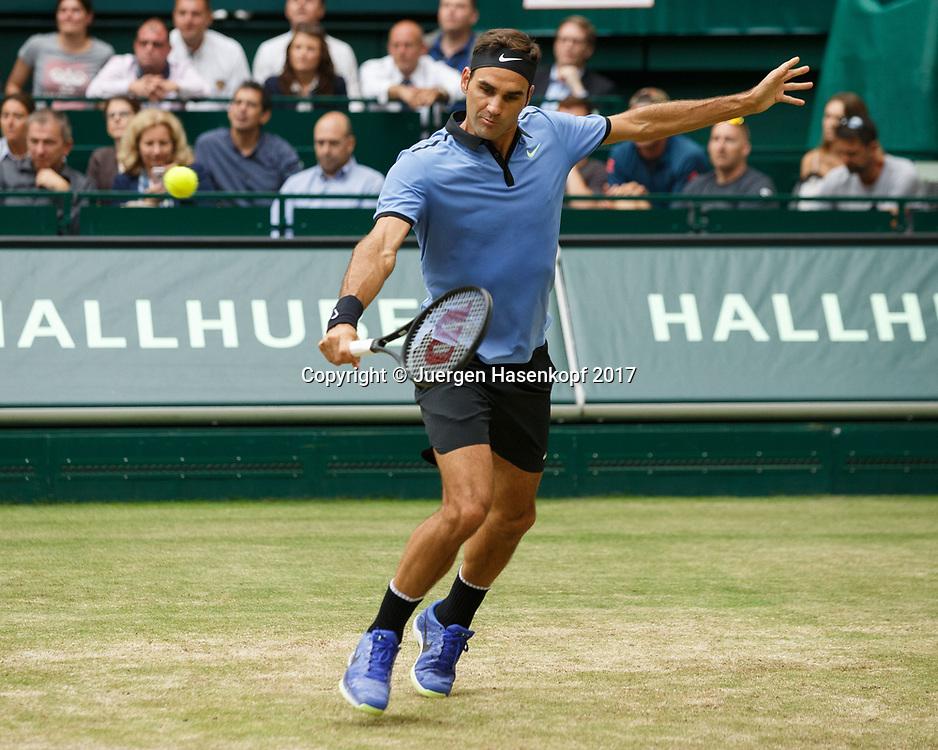 ROGER FEDERER (SUI)<br /> <br /> Tennis - Gerry Weber Open - ATP 500 -  Gerry Weber Stadion - Halle / Westf. - Nordrhein Westfalen - Germany  - 25 June 2017. <br /> &copy; Juergen Hasenkopf