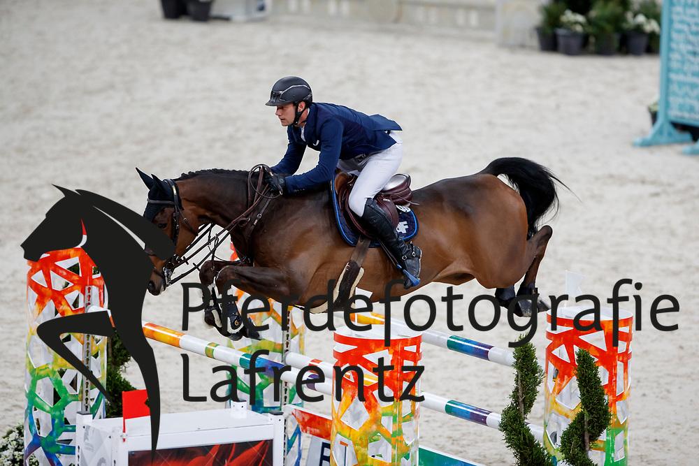 FONTANELLE Alexandre (FRA), Prime Time des Vagues<br /> Paris - FEI World Cup Finals 2018<br /> Grand Prix / Grosser Preis<br /> www.sportfotos-lafrentz.de/Stefan Lafrentz<br /> 15. April 2018