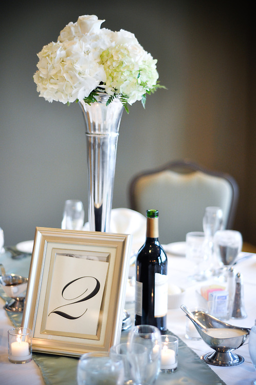 Anne & Mason's white floral centerpieces, Crystal Tree Golf & Country Club, Chicago