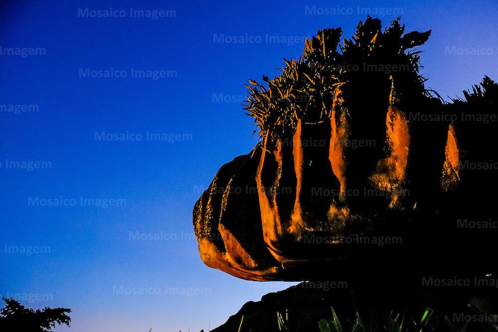 Brasil - Espirito Santo - Vitoria - Anoitecer na Pedra da Cebola - Foto: Gabriel Lordello/ Mosaico Imagem