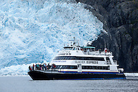 Glacier Express Cruise in Front of Aialik Glacier, Kenai Fjords National Park, Alaska