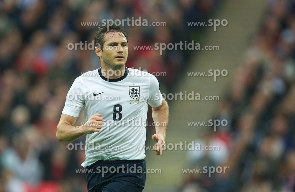 29.05.2013, Wembley Stadion, London, ENG, Testspiel, England vs Irland, im Bild England's Frank Lampard in action against Republic of Ireland during during International Friendly Match between England and Republic of Ireland at the Wembley Stadium, London, United Kingdom on 2013/05/29. EXPA Pictures &copy; 2013, PhotoCredit: EXPA/ Propagandaphoto/ David Rawcliffe<br /> <br /> ***** ATTENTION - OUT OF ENG, GBR, UK *****