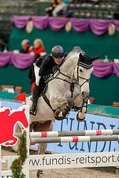 MUTH Julia (GER), Lorina<br /> Leipzig - Partner Pferd 2020<br /> SPOOKS-Amateur Trophy - Medium Tour Finale<br /> Springprüfung mit Stechen, int.<br /> 19. Januar 2020<br /> © www.sportfotos-lafrentz.de/Stefan Lafrentz