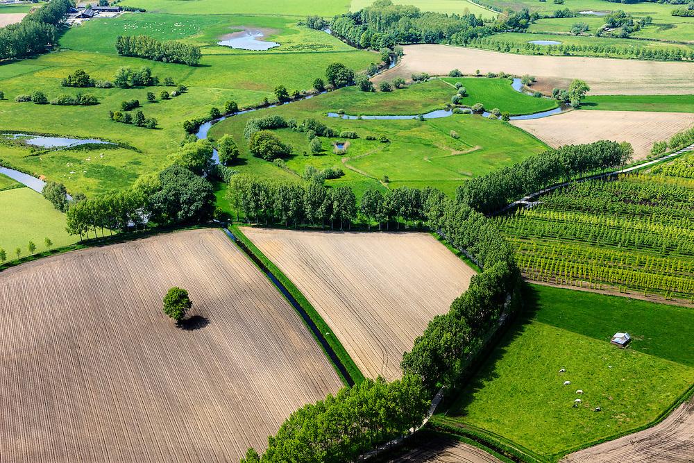 Nederland, Noord-Brabant, Gemeente Sint-Oedenrode, 27-05-2013; Dommeldal, ten zuiden van het dorp Olland (Onlant - onland, slechte en niet ontgonnen grond). Akkers en aangeplante bossen.<br /> Fields and planted forests, reclaimed wasteland in Southern Holland.<br /> luchtfoto (toeslag op standard tarieven);<br /> aerial photo (additional fee required);<br /> copyright foto/photo Siebe Swart.