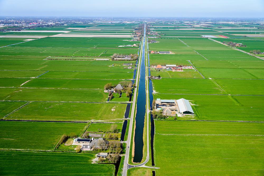Nederland, Noord-Holland, gemeente Alkmaar, 20-04-2015; Polder de Schermer, binnenboezem Zuidervaart.<br /> Polder with drainage channel.<br /> luchtfoto (toeslag op standard tarieven);<br /> aerial photo (additional fee required);<br /> copyright foto/photo Siebe Swart