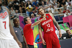 06.09.2014, City Arena, Barcelona, ESP, FIBA WM, USA vs Mexiko, im Bild Mexico's coach Sergio Valdeolmillos with his player Hector Hernandez // during FIBA Basketball World Cup Spain 2014 match between USA and Mexico at the City Arena in Barcelona, Spain on 2014/09/06. EXPA Pictures © 2014, PhotoCredit: EXPA/ Alterphotos/ Acero<br /> <br /> *****ATTENTION - OUT of ESP, SUI*****
