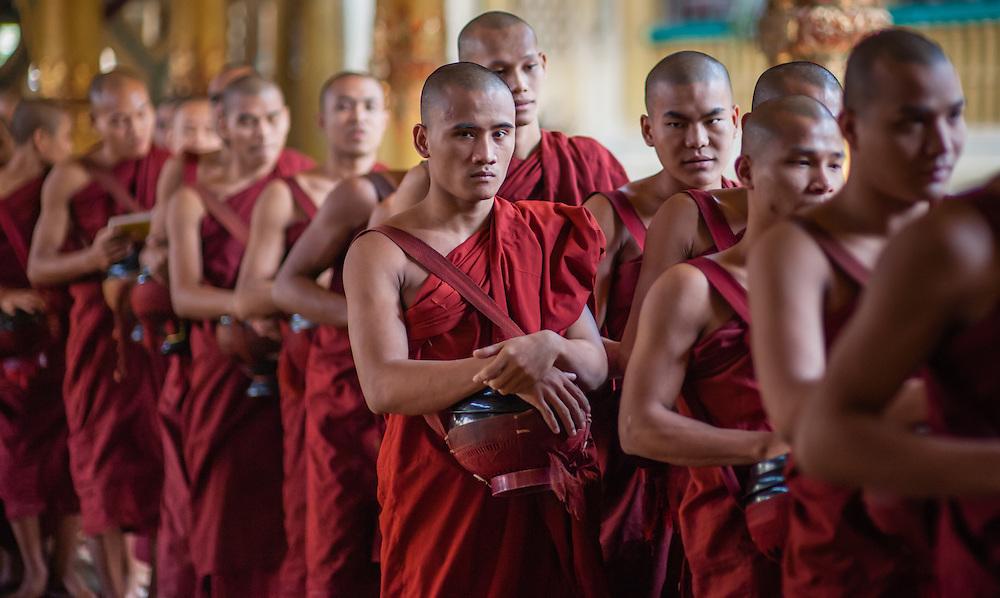 Monks at Kha Khat Wain Kyaung Monastery (Bago, Myanmar)