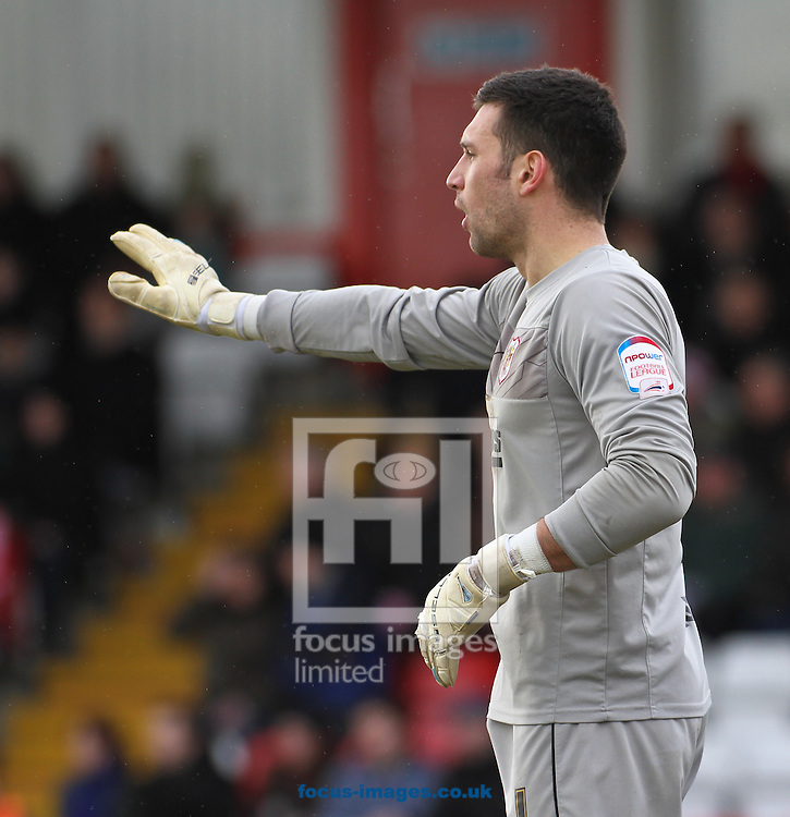 Picture by David Horn/Focus Images Ltd +44 7545 970036.16/03/2013.Steve Arnold of Stevenage during the npower League 1 match at the Lamex Stadium, Stevenage.