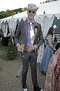 Phil Dirtbox, Stephen Jones Summer Hat party to celebrate 25 years of Milllinery. Debenham House, 8 Addison Rd. Holland Park, London. 13 July 2006.  ONE TIME USE ONLY - DO NOT ARCHIVE  © Copyright Photograph by Dafydd Jones 66 Stockwell Park Rd. London SW9 0DA Tel 020 7733 0108 www.dafjones.com