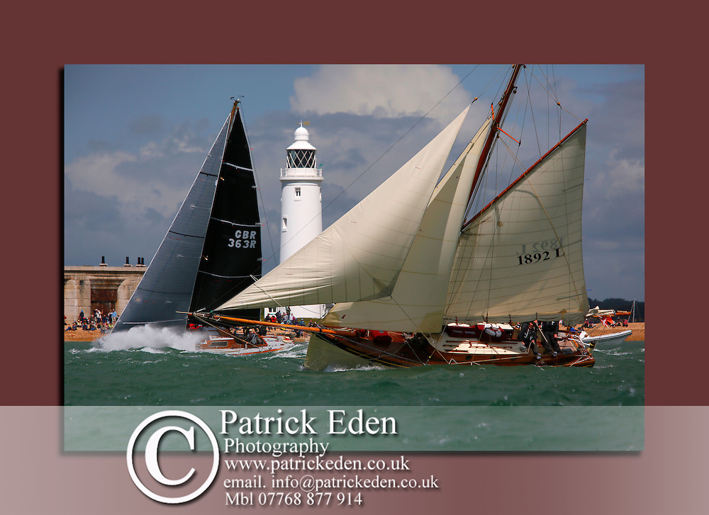 Hurst Castle, Round the island Race, 2016, Cowes, Isle of Wight, , canvas canvases prints print
