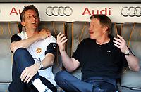 Fotball<br /> Foto: Witters/Digitalsport<br /> NORWAY ONLY<br /> <br /> 29.07.2009<br /> <br /> v.l. Torwart Edwin van der Sar ManU, Oliver Kahn<br /> <br /> Fussball Audi Cup Manchester United - CA Boca Juniors
