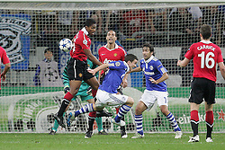 26.04.2011, Veltins Arena, Gelsenkirchen, GER, UEFA CL, Halbfinale Hinspiel, Schalke 04 (GER) vsManchester United (ENG), im Bild:  Elfmeter oder nicht. Antonio Valencia (Manchester #25) schubst Julian Draxler (Schalke #31) um  // during the UEFA CL, Semi Final first leg, Schalke 04 (GER) vs Manchester United (ENG), at the Veltins Arena, Gelsenkirchen, 26/04/2011 EXPA Pictures © 2011, PhotoCredit: EXPA/ nph/  Mueller *** Local Caption ***       ****** out of GER / SWE / CRO  / BEL ******