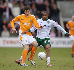 Blackpool, England - Saturday, January 27, 2007: Blackpool's Scott Vernon and Norwich City's Jurgen Colin during the FA Cup 5th Round match at Bloomfield Road. (Pic by David Rawcliffe/Propaganda)