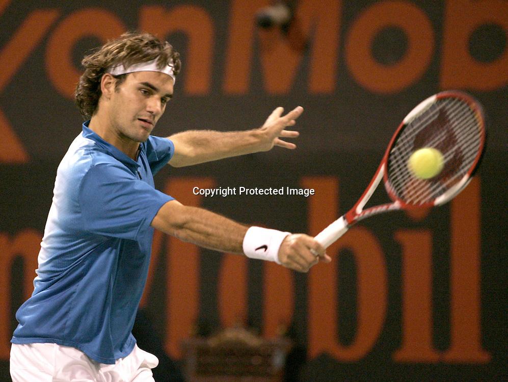 Qatar, Doha, ATP Tennis Turnier Qatar Open 2005 Final, Roger Federer (SUI), 08.01.2005,<br />Foto: Juergen Hasenkopf
